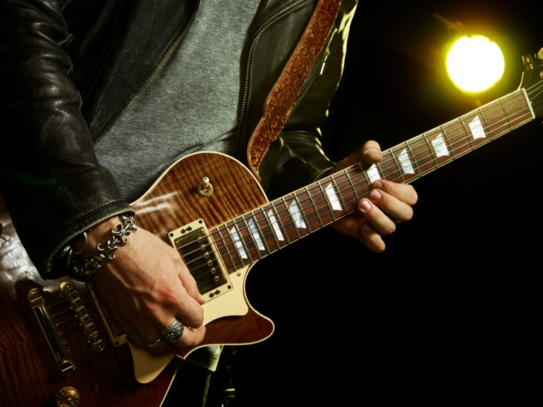 Resultado de imagem para guitarrista